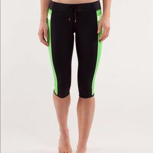 🍋Lululemon 🍋 green and black leggings